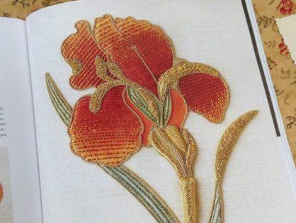 Обзор на книгу «Английская королевская школа вышивания» Салли Сандерс