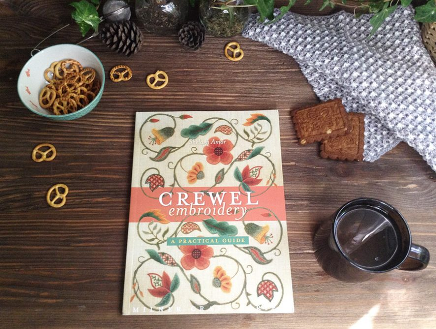 Обзор книги Crewel embroidery. A practical guide от Shelagh Amor