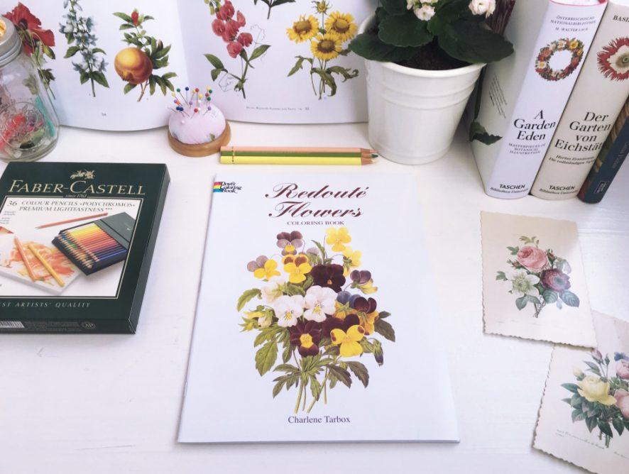 Книжный обзор: раскраска Redoute Flowers, по которой можно вышивать